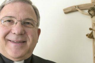 La policía registra la catedral y la casa de un obispo estadounidense acusado de encubrir abusos