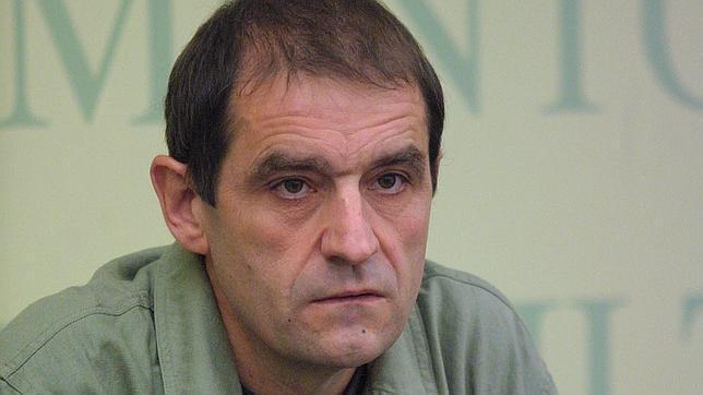 """Ussía le corta el rabo al moribundo etarra 'Josu Ternera' por ser un """"despojo"""""""