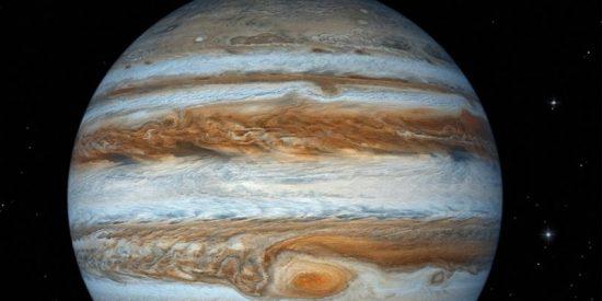 La NASA capta un 'fantasma' en Júpiter