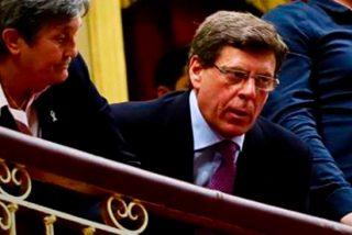 Juan Carlos Quer deja con el culo al aire a Pedro Sánchez y Pablo Iglesias