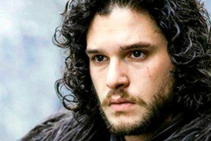 Pillan, una vez más, a Kit Harrington completamente borracho por París