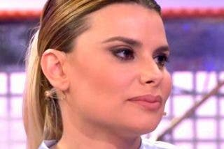 Lapiedra deja colgado a 'Sálvame' en directo tras insistirle con su tonteo con Kiko Hernández