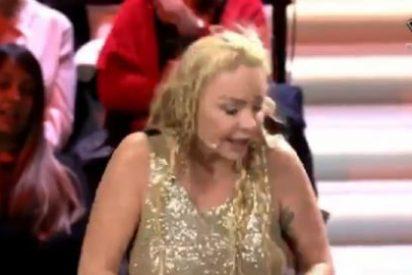 Leticia Sabater cae a lo más bajo: le arrancan la peluca en directo y Sandra Barneda la humilla