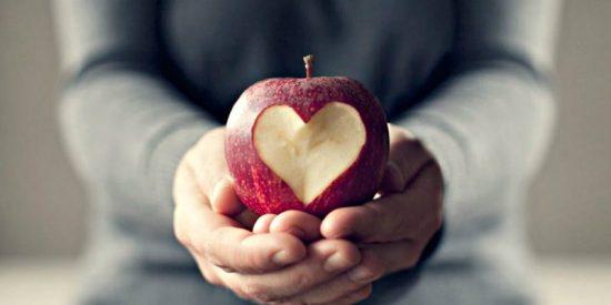 Longevidad: El niño que se hizo médico el día del primer transplante de corazón