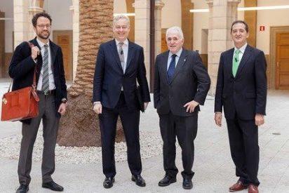 El embajador británico aborda en la Universidad de Deusto el futuro post-Brexit