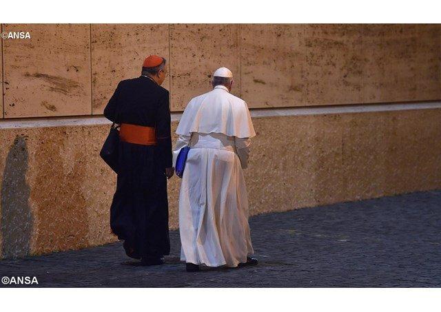 Francisco ratifica al cardenal Maradiaga