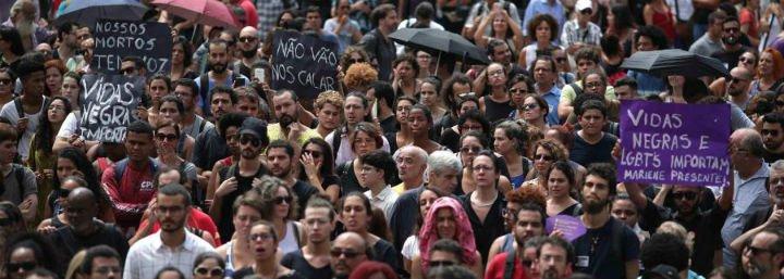 Francisco llama a la madre de Marielle Franco, la concejala de Río asesinada