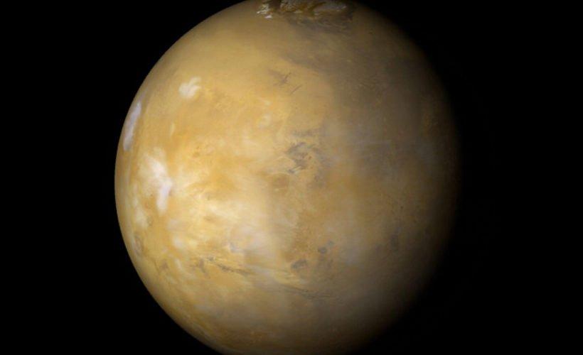 NASA: Rocas apiladas por procesos climáticos en el Polo Norte de Marte