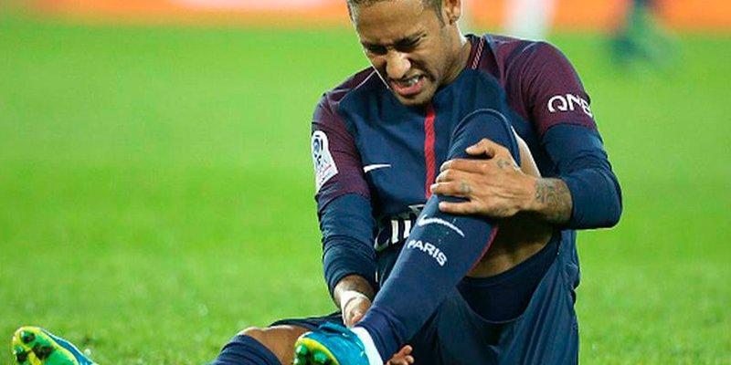 Neymar será operado en Brasil a finales de esta semana