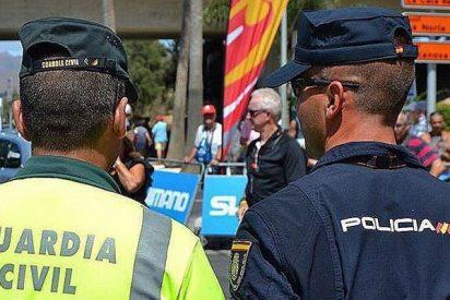 Policías y guardias civiles ganarán 561 y 720 euros más al mes tras la equiparación con los mossos catalanes