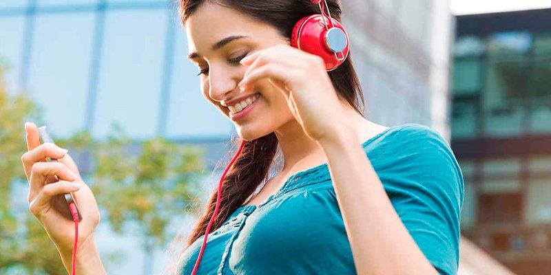 Biomedicina y conexión con dispositivos son el futuro de la audición
