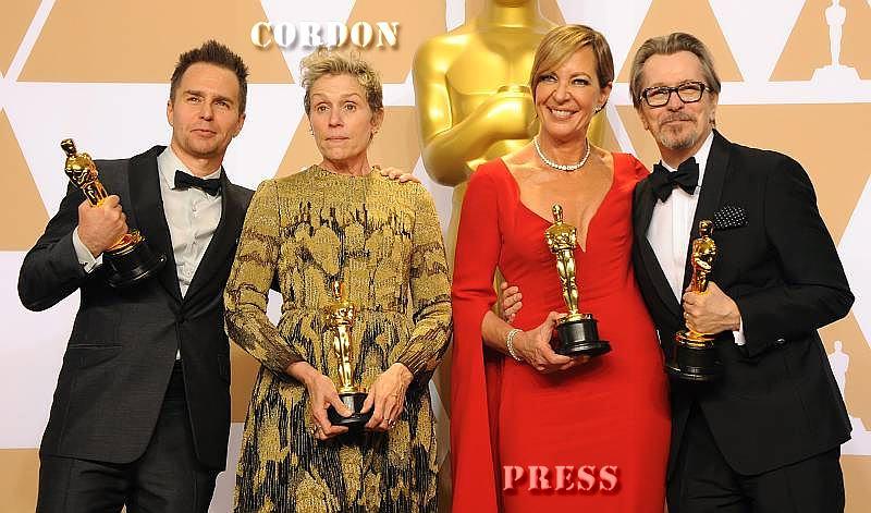 Roban una de las estatuillas de los Oscars durante la fiesta de celebración