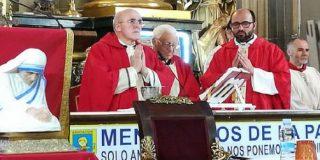 """Osoro en San Antón: """"El arma que cambia el mundo es el amor"""""""