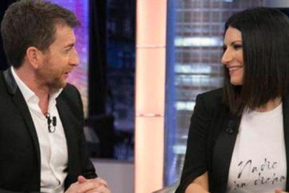 La inquietante proposición de Laura Pausini a Pablo Motos