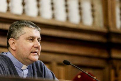"""Rossano Sala: """"Los jóvenes quieren una Iglesia que pase de la humillación a la humildad"""""""
