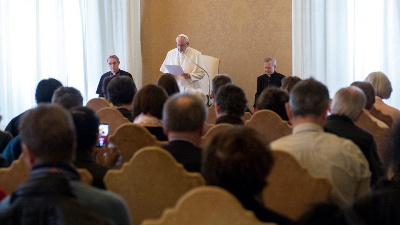 """El Papa pide """"hacer crecer la cultura de la misericordia"""""""