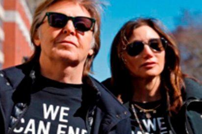 Paul McCartney encabeza la manifestación contra las armas en Nueva York