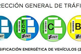 Coche eléctrico: ¿Qué significan las pegatinas de la DGT y cuál tienes que poner en tu coche?