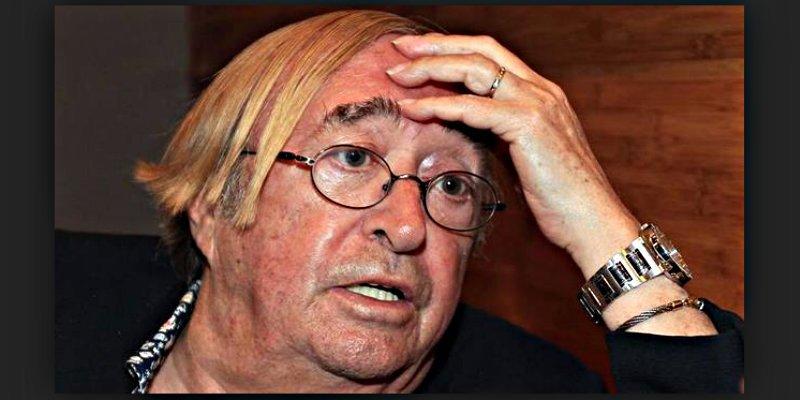 El veterano Pepe Oneto le sacude con la fregona a una tuitera faltona a cuenta de Puigdemont