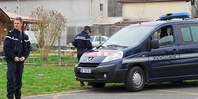 Francia juzga a la mujer que durante 10 años escondió los cuerpos de cinco bebés en un congelador