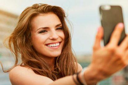 ¿Sabías que el 10% de los españoles que recurre a la cirugía estética lo hace influido por 'selfies'?
