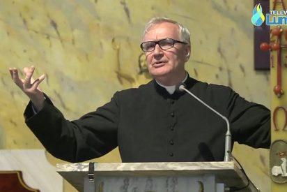 Un arzobispo polaco censura a un sacerdote que deseó la muerte del Papa