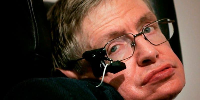 Stephen Hawking sabe qué pasó antes del Big Bang