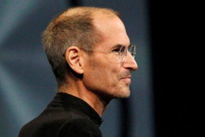 Así fue el gran consejo sobre la privacidad de los datos que Steve Jobs dio en 2010 y Zuckerberg escuchó