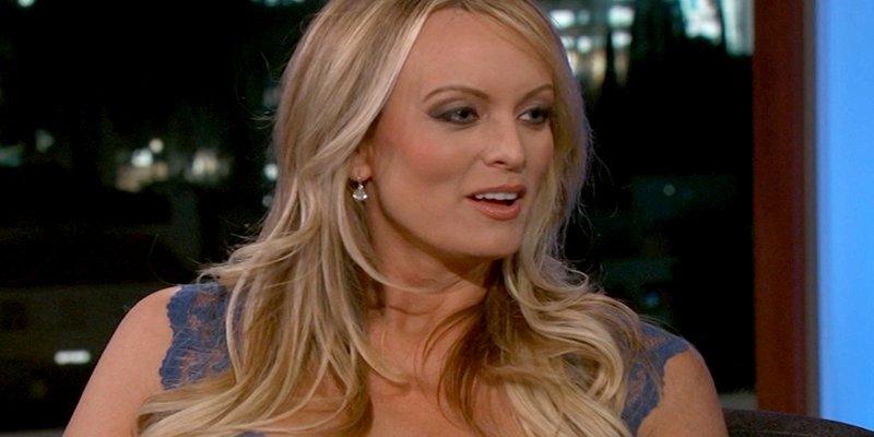 Stormy Daniels dice que la amenazaron para que no contará los detalles de su relación sexual con Trump