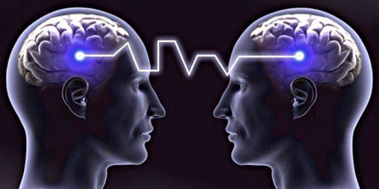 Inmortalidad: En 2050 el habla humana será sustituida por la telepatía