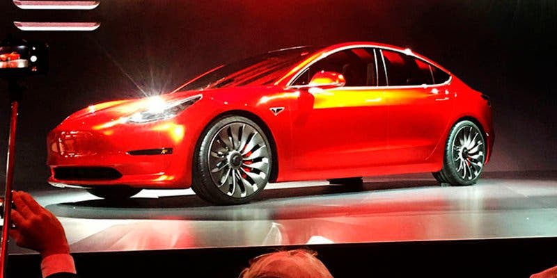 ¿Qué problemas afronta el Tesla Model 3 de Musk?