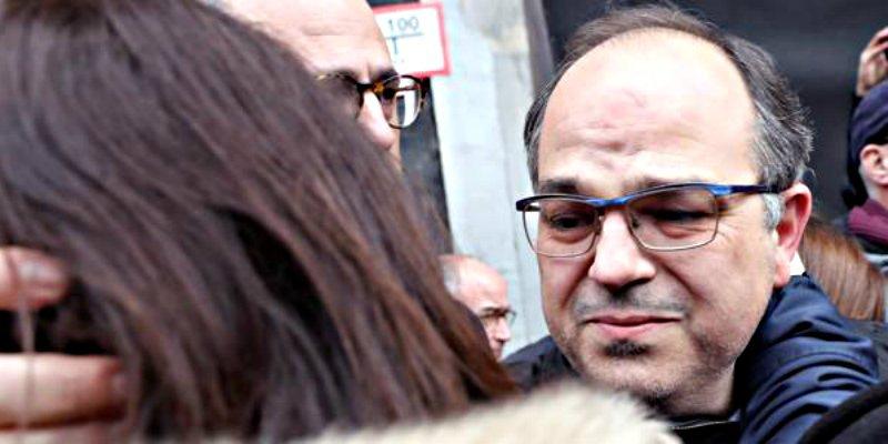 Cataluña: Desmantelado y diezmado el bando separatista, los que no huyen duermen en la cárcel