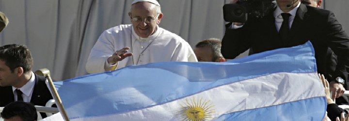 """Francisco, a los argentinos: """"El amor por mi Patria sigue siendo grande e intenso"""""""