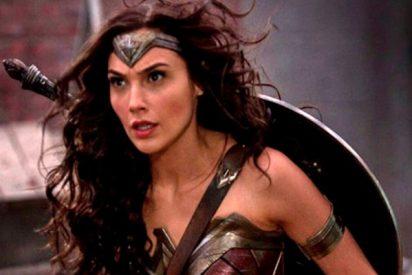 Así es la falsa carrera porno de Wonder Woman