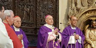 """El arzobispo de Zaragoza reivindica """"el inmenso servicio"""" de Yanes """"a la Iglesia y la sociedad"""" durante la Transición"""