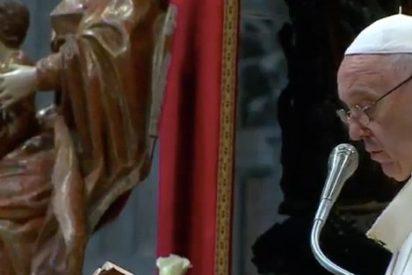 "Francisco, a los nuevos sacerdotes: ""Por favor, no os canséis de ser misericordiosos"""