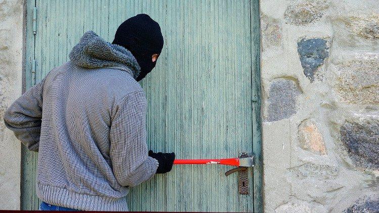 Terror con acento árabe en Murcia por los 3 asaltos a chalés y una violación