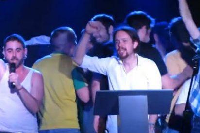 Podemos: Pablo Iglesias y sus compinches cantando borrachos 'La Internacional'