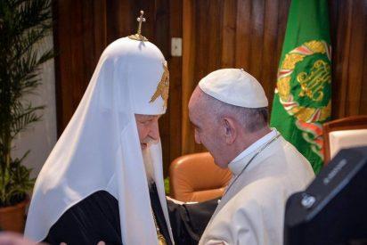 """Francisco y Kirill claman: """"Basta de derramamiento de sangre en Siria"""""""