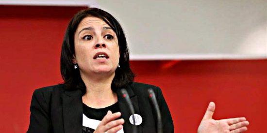 El currículum de Adriana Lastra, Nº 2 del PSOE, no está inflado, sino vacío
