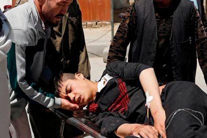 Terribles explosiones en dos centros de registro de votantes en Afganistán