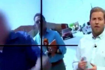 Tremenda manta de palos a un reportero de la TV de Murcia durante un reportaje
