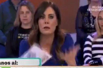 Alicia Senovilla le cambia el apellido a Josep Santacana sin despeinarse