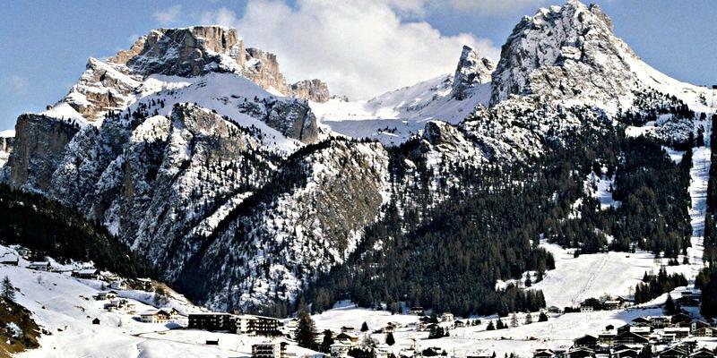 Un borracho escala una de las cumbres de Los Alpes cuando intentaba volver a su hotel