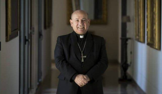 """El arzobispo de Zaragoza alerta del """"empobrecimiento"""" que supone marginar la teología en la universidad"""