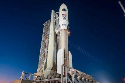 Así lanzó EE.UU. el cohete portador Atlas V con dos satélites militares a bordo