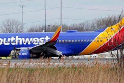 Muere por paro cardiaco al ver cómo una mujer casi sale despedida de un avión