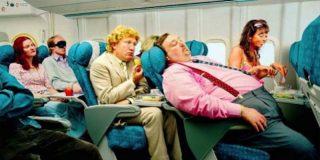 ¿Sabes qué comer y qué no antes de subir a un avión?