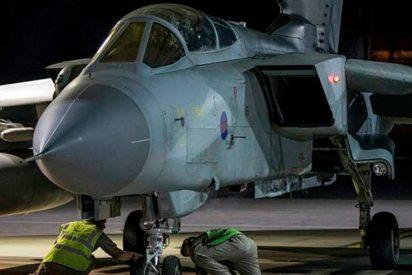 Así se prepararan los aviones de combate Tornado británicos para bombardear Homs, en Siria