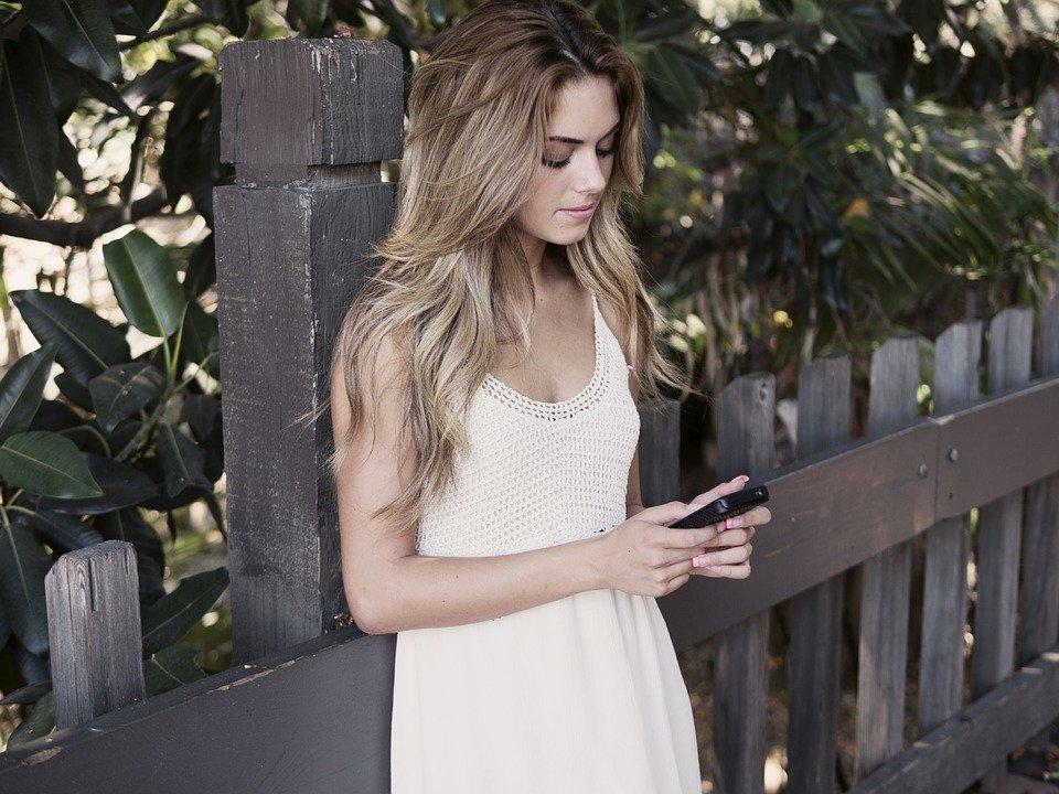 ¿Sabes por qué sentimos a veces que nuestro móvil vibra?